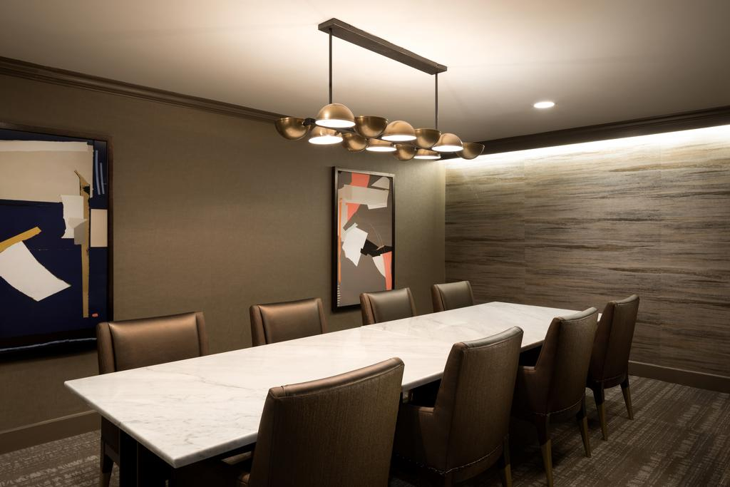 DoubleTree Hilton Hotel Dallas – Market Centre-Meeting Room